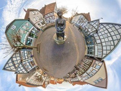 Een dorp is soms een wereld op zich...
